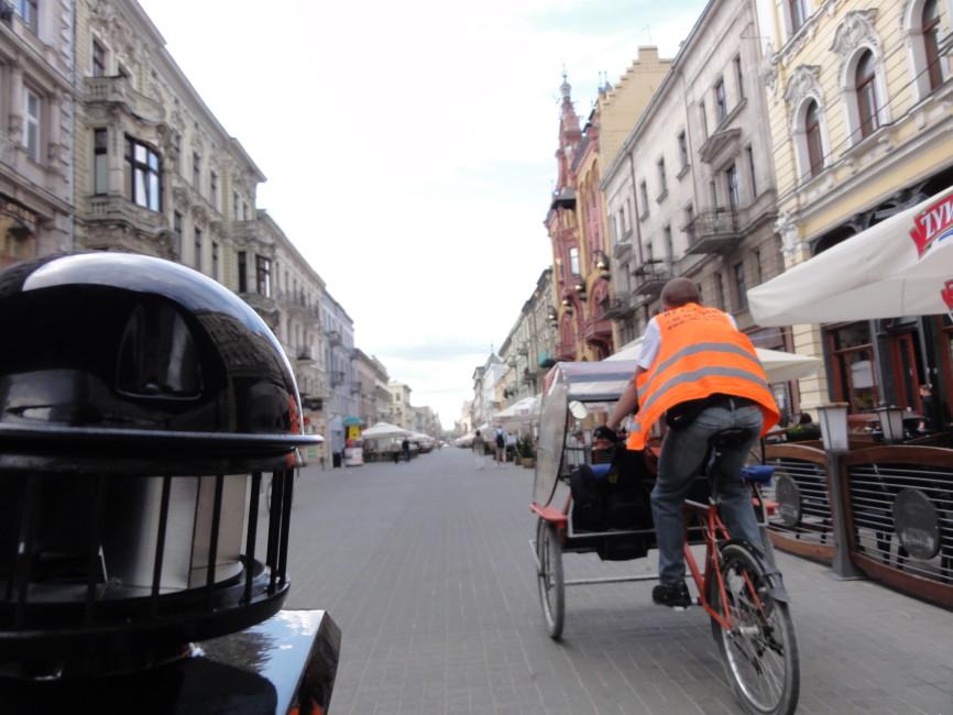 Gdzie znajduje się najdłuższa ulica w Polsce?