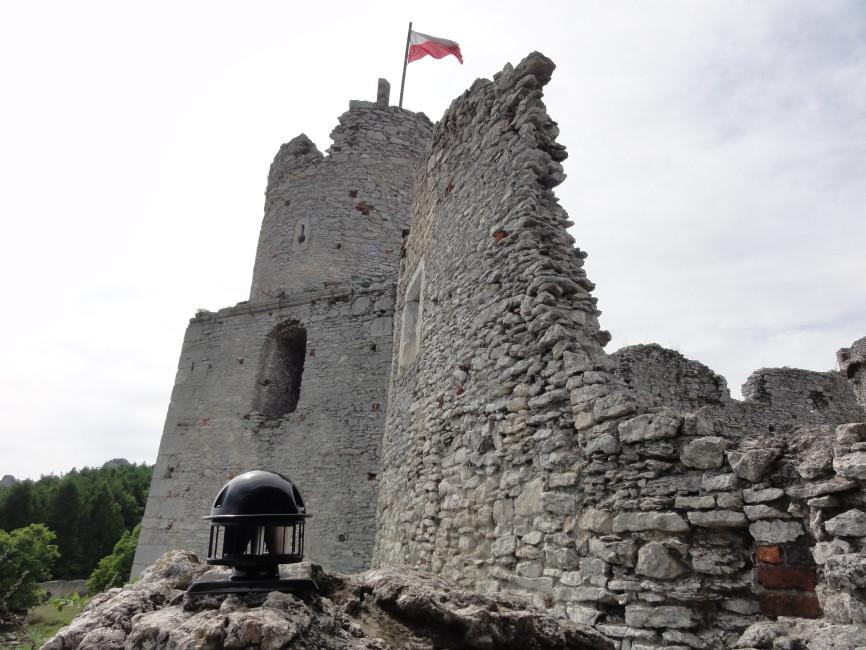 Zamek Ogrodzieniec, którego nie znajdziecie… w Ogrodzieńcu